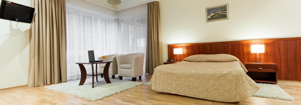 Standard (family) room
